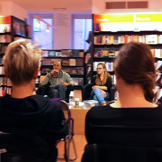 Presentazione presso la libreria Feltrinelli del libro Rapporti Difficili. Storie in bicicletta e altri racconti di Carlo Capotorto