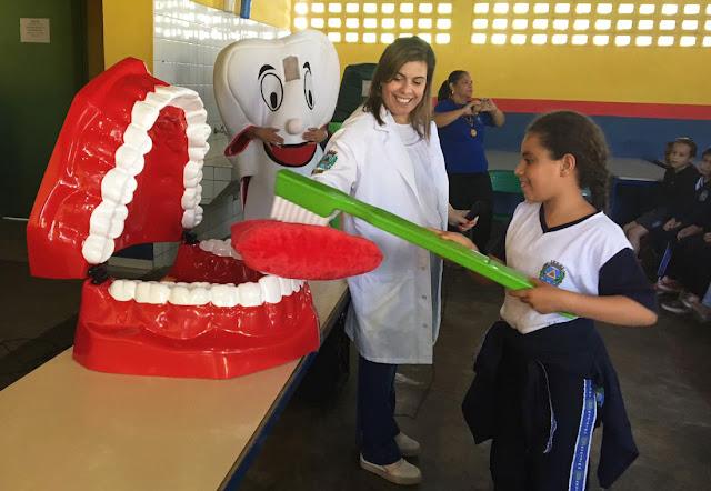 Programa da Prefeitura avalia saúde bucal dos 6.400 alunos da rede municipal de Registro-SP