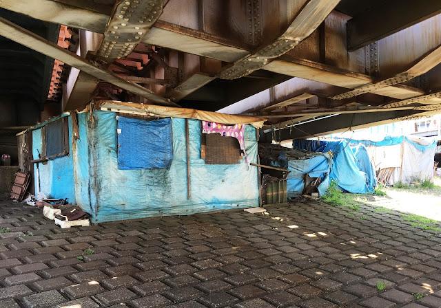 東京の闇?多摩川の河川敷にはホームレスの集落がある?【c】