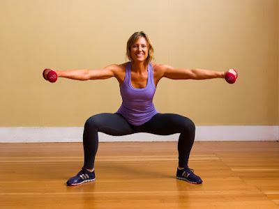 Bài tập squat nâng vòng 3 hiệu quả