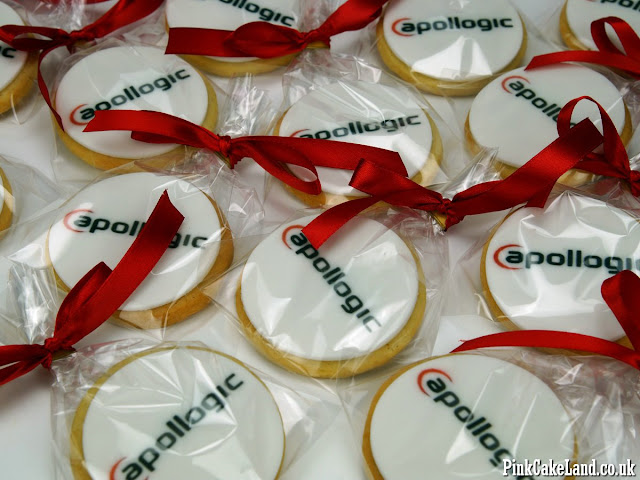 logo cookies london