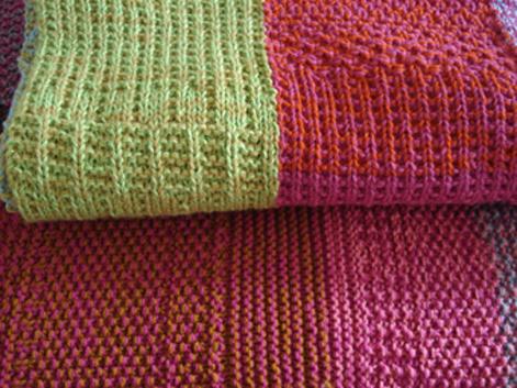 Puerta al sur mantas y pie de camas tejidos a dos agujas for Mantas de lana de colores