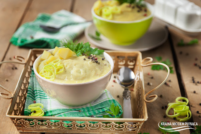 vichyssoise, zupa ziemniaczano porowa, zupa z porów, zupa porowa, zupa ziemniaczana, zupa z porami, dania z porem, por, dania z ziemniakami, dania z ziemniaków, ziemniaki, zupa wegetariańska, danie wegetariańskie, kraina miodem płynąca