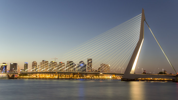 Wallpaper: Erasmus Bridge