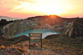wisata Danau Kelimutu
