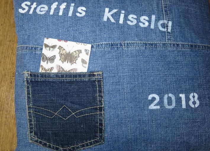 Lesekissen aus Jeans, bedruckt