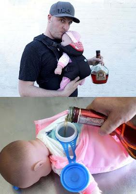 Humorvoller Papa mit falschem Baby witzig