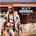 Encarte: Iggy Azalea - The New Classic (Deluxe Edition)