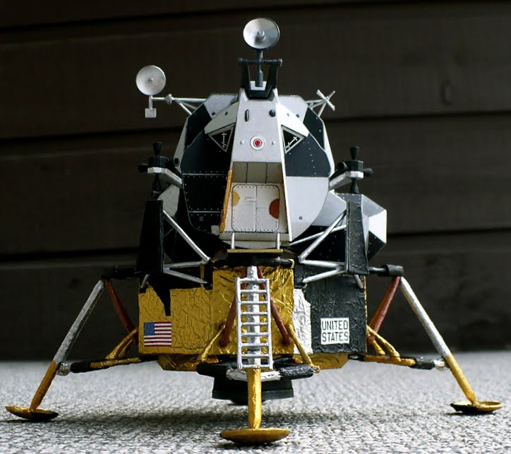 The Great Canadian Model Builders Web Page!: Lunar Module