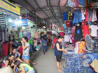 Khu trục chính của chợ Ninh Hiệp với trăm người bán hàng