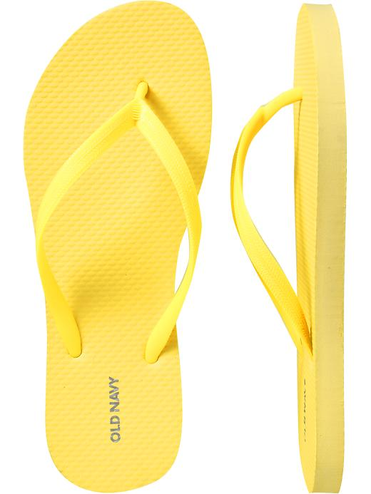 54232d9d8 Dollar flip flops at Old Navy - NYC Recessionista