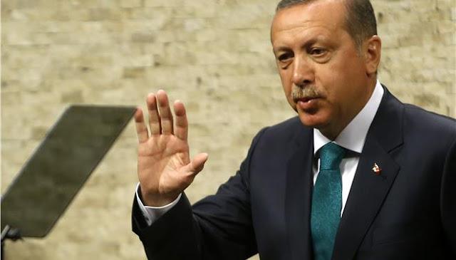 Οι Τούρκοι φιλάνε τα πόδια όποιου δεν σκύβει το κεφάλι