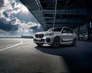 Noul BMW X5 cu componente M Performance