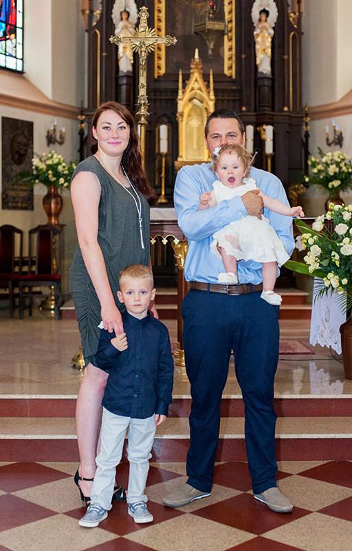 Chrzest święty, fotograf Lublin, Niemce, Lubartów, fotograf na chrzest, zdjęcia ze chrztu