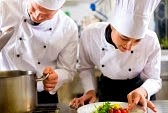 http://tips-kerja-di-kapalpesiar.blogspot.com/2015/04/jobdescription-executivesouschef.html