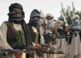 Afghanistan offers Taliban political recognition, peace talks