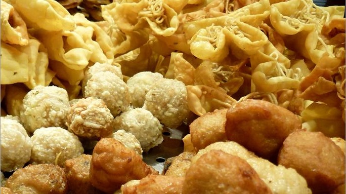 Aneka Jajanan Kuliner Paling Mainstream Di Indonesia, Apa Saja?