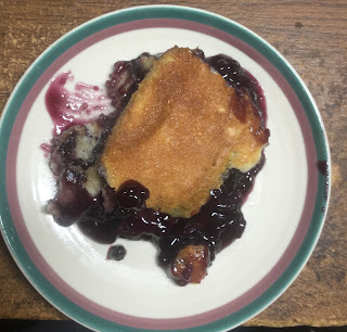 Fruit cobbler, blueberry cobbler, how to make an easy cobbler, pie filling recipes,