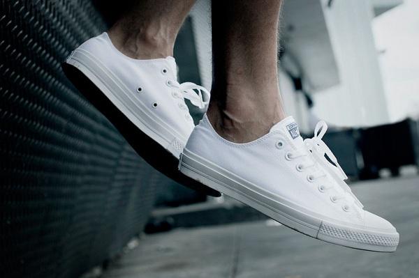 Những lưu ý khi chọn giày dép để bảo vệ đôi chân bạn cần biết