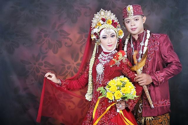 Rias Pengantin Jawa Muslim Hijab Sulis Wedding