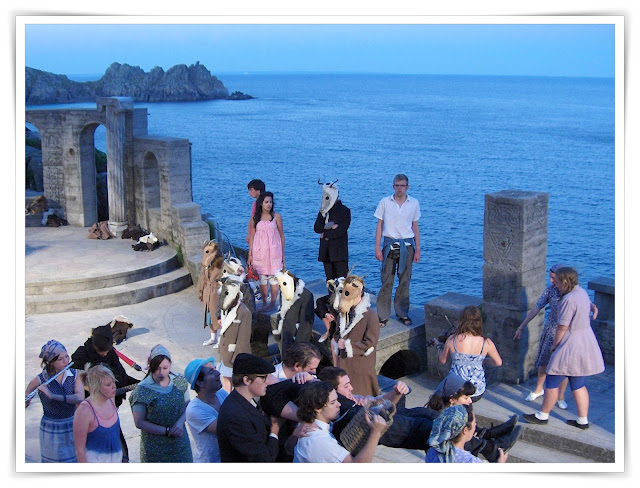 Actors singing on stage at Minack Theatre, Cornwall