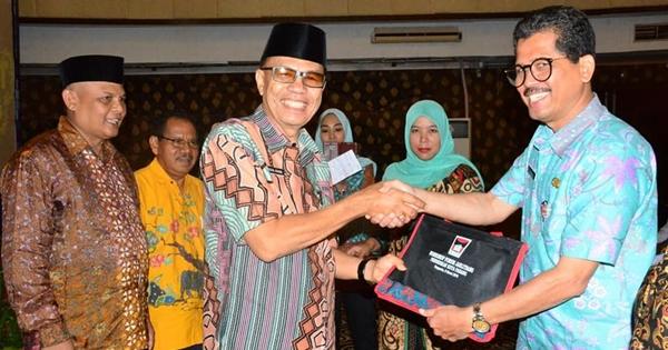 Jarlitbang Pemko Padang Giatkan Gerakan Literasi Sekolah