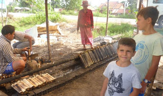 De camino a Kompong Khleang probamos un rico arroz.