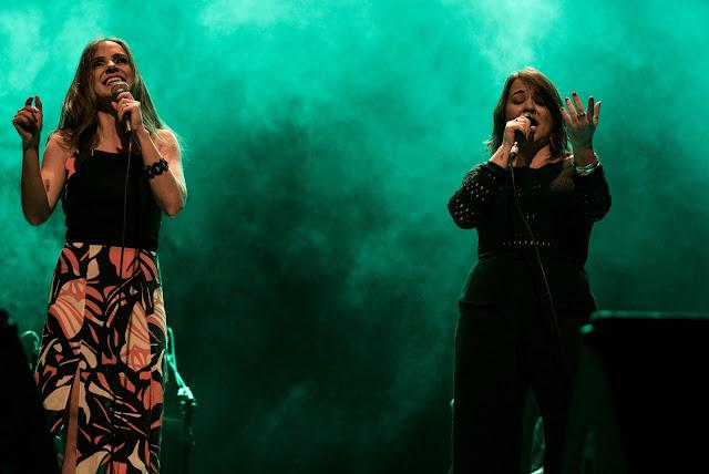 Teatro Café Pequeno recebe Lu Dantas e Natália Boere com show Dois Tons