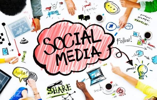 Thu hút lượt click từ mạng xã hội