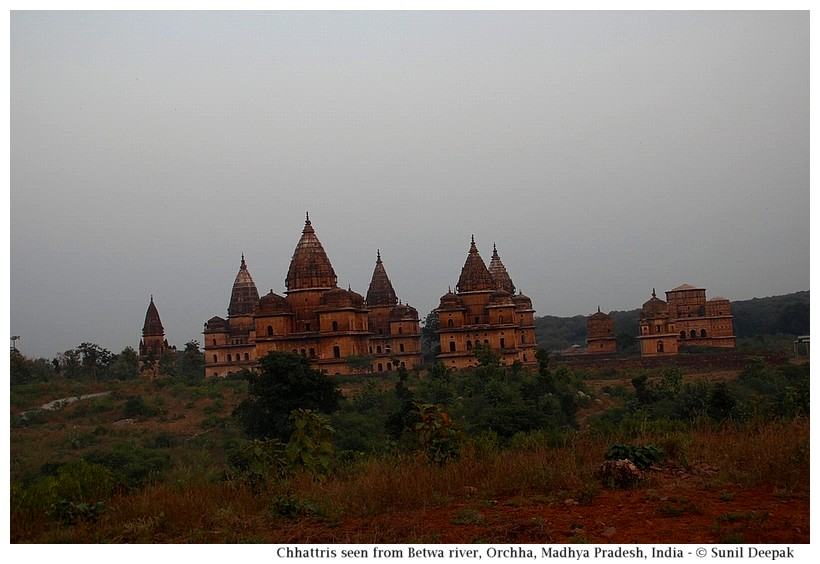 Cenotaphs, Orchha, Madhya Pradesh, India - Images by Sunil Deepak
