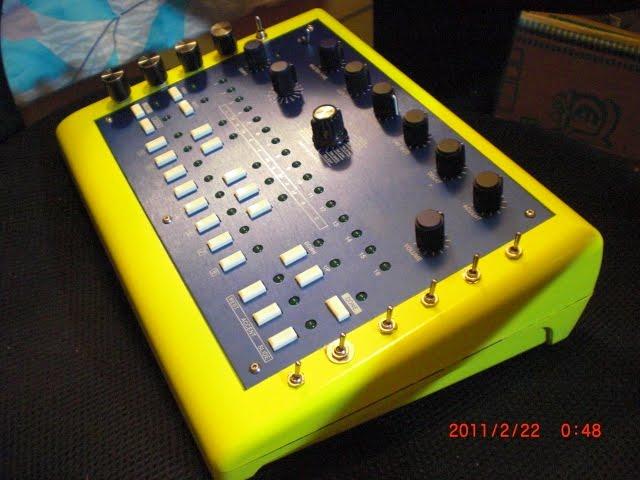MATRIXSYNTH: x0xb0x synthesizer w/ mods