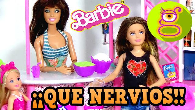 Chelsea y las hermanas de Barbie histéricas por el parto esperan en la cafetería  [Capítulo #6]
