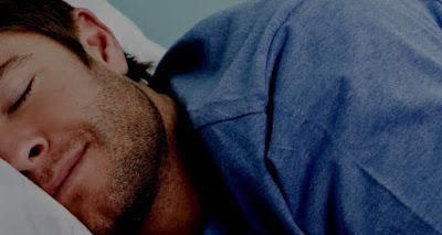 Apakah hukum tidur sepanjang hari di bulan Ramadhan?