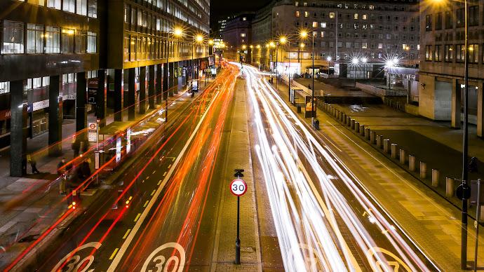 Wallpaper: Lights in Traffic