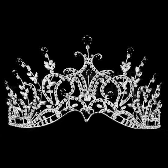 5 Reasons Why Most Nigerian Beauty Queens are RAPED, Trapped and Blackmailed