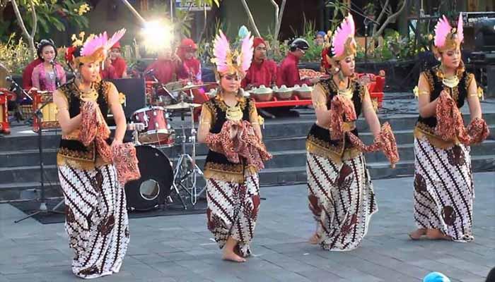 Tari Golek Ayun-Ayun, Tarian Tradisional Dari Yogyakarta