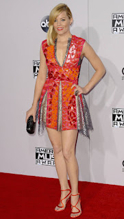 Elizabeth Banks Joins Cast of FX's MRS AMERICA Limited Series