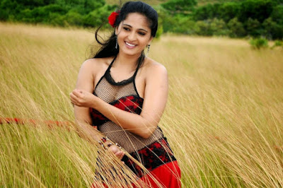 Best Anushka shetty hot images and photos collection