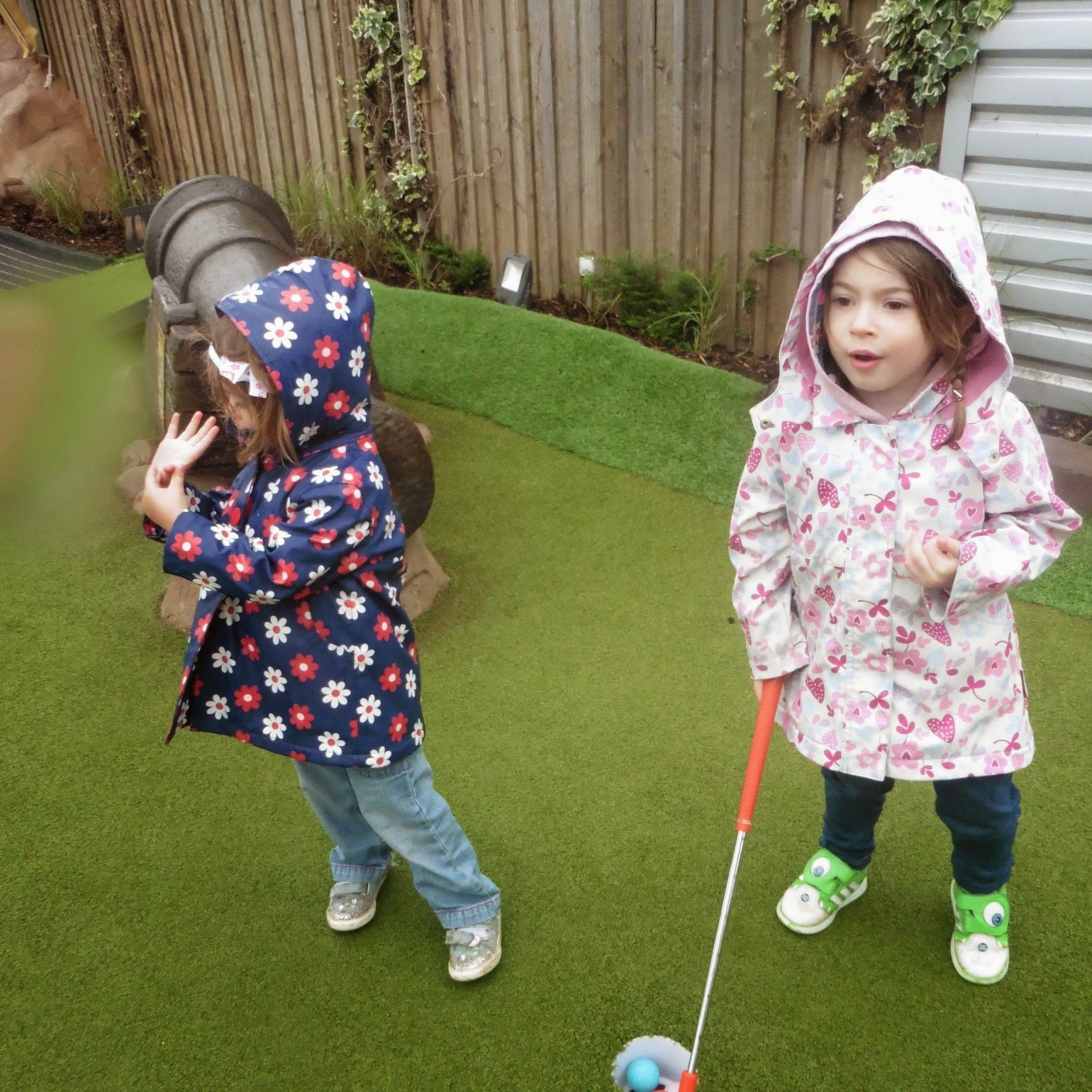 the girls get into the swing of golf