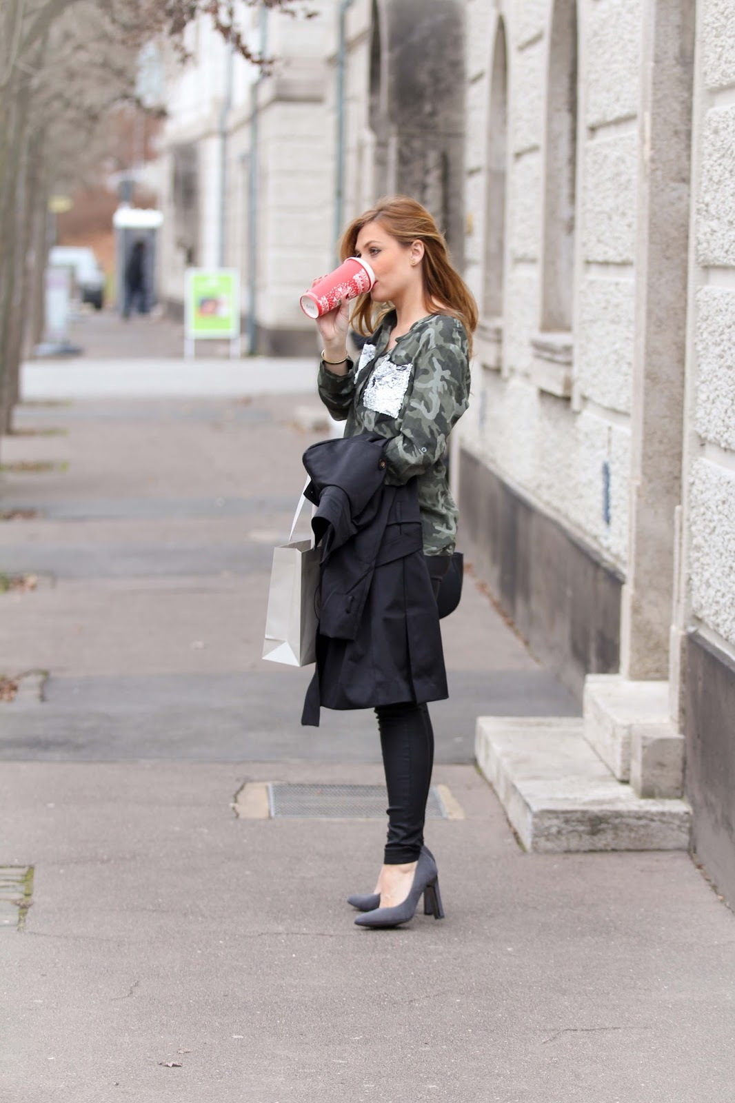 -fashionblog-muenchen-munich-blogger-fashionblogger-bloggerdeutschland-lifestyleblog-modeblog-muenchen-germanblogger-styleblog-bundfaltenhose-a-la-streetwear