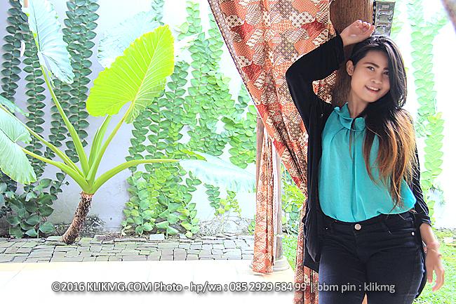 YANI - Model & Pemandu Lagu Purwokerto |  Foto oleh : klikmg.com Fotografer Purwokerto | bit.ly/pemandu-lagu-model-purwokerto