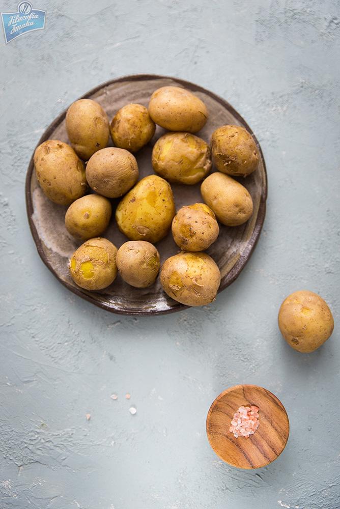 Młode ziemniaki z patelni