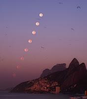 Rio Morning Moonset