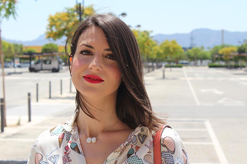 Falda desflecada  La prenda imprescindible este verano - Ángeles y ... cbbd0cb106b8