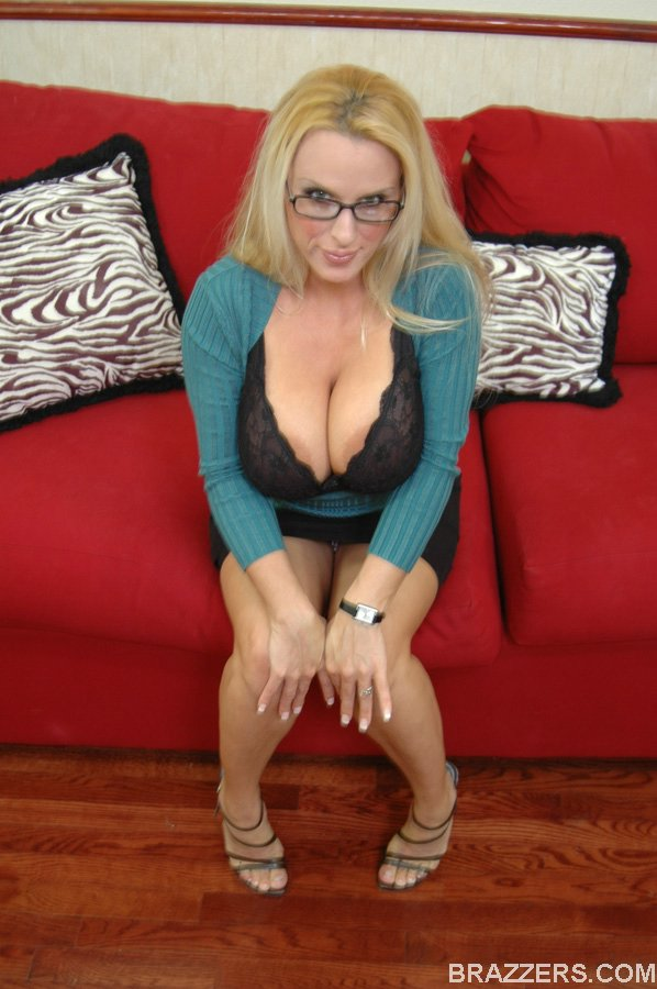 Holly-Halston-%3A-Milf-IRS-Officer-is-going-to-seize-with-her-38DD-tits-%23%23BRAZZERS-46vw7065s5.jpg