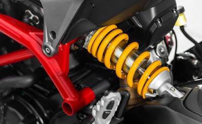 suspensi atau shockbreaker ialah komponen penting yang terdapat pada motor yang memiliki  Cara Merawat Shockbreaker Motor Agar Awet