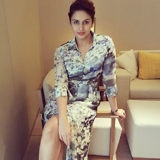 huma qureshi hot and sexy