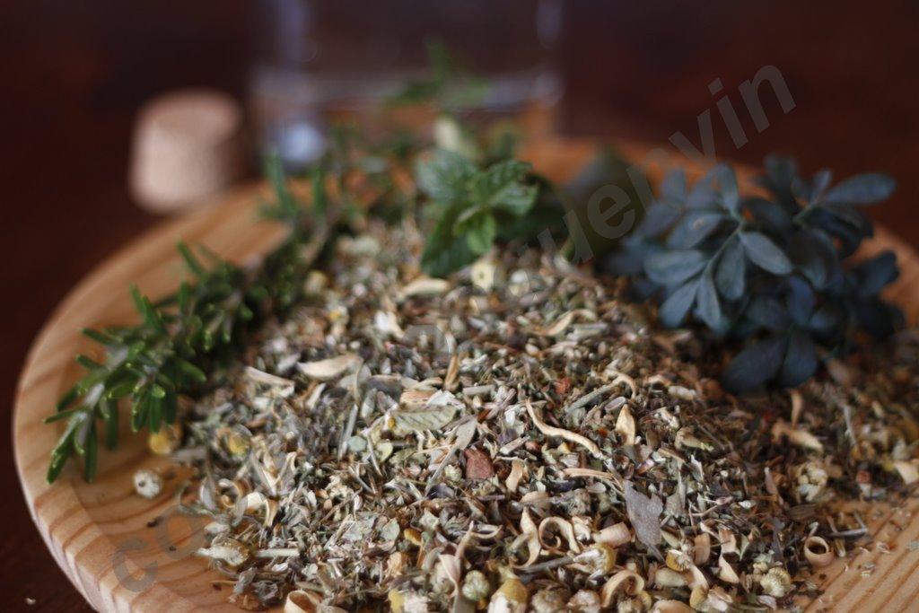 como hacer orujo de hierbas