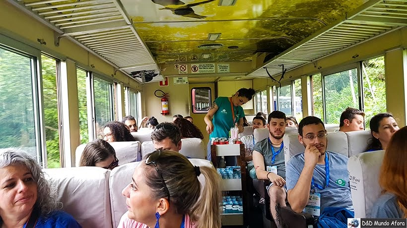 Vagão 5 da classe turística - Passeio de trem de Curitiba a Morretes, Paraná