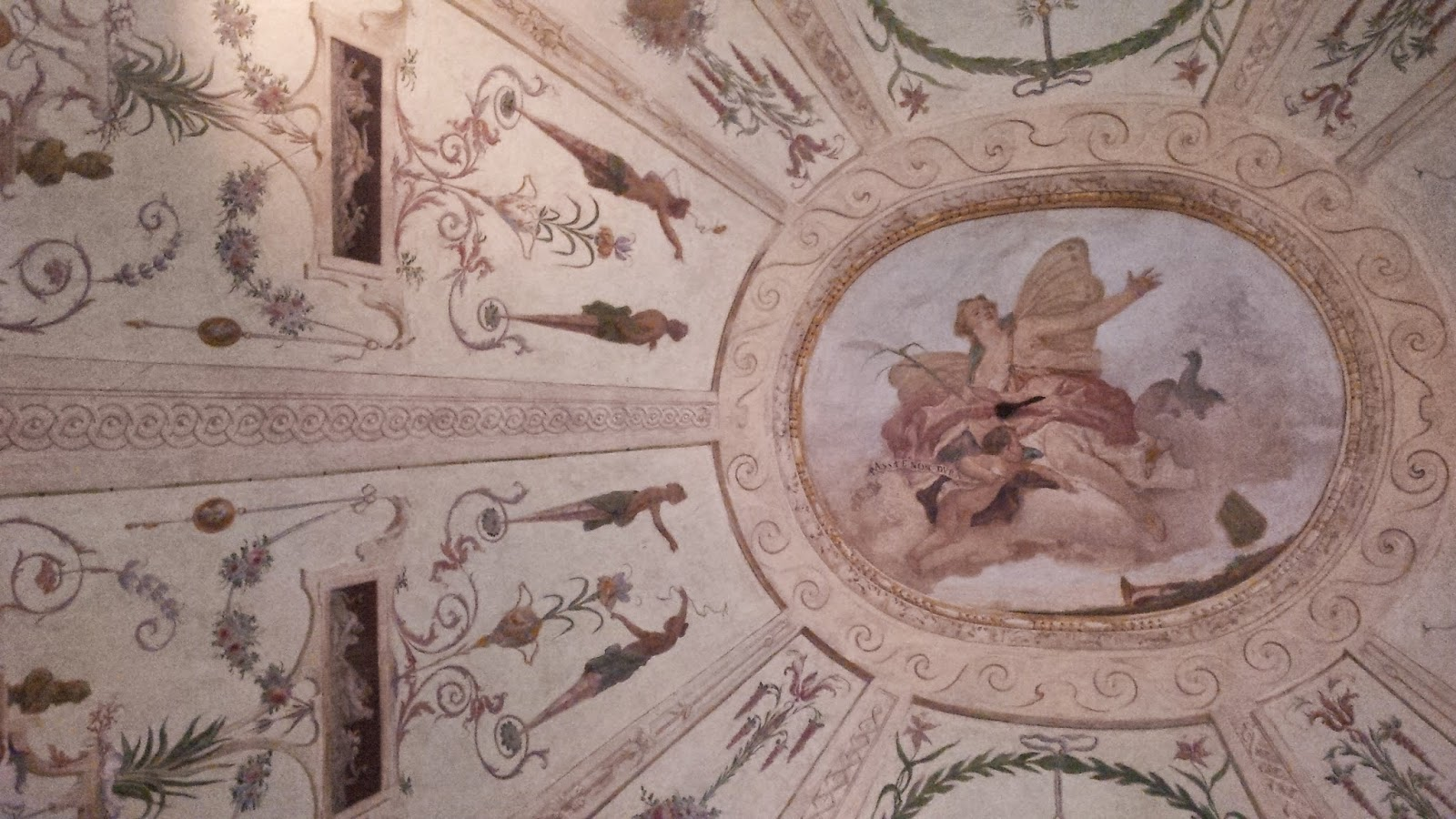 A sumptuous ceiling in Arena Museo Opera in Verona